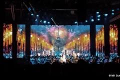 Andrea Bocelli  Bühnenbild Paris in der Schleyerhalle