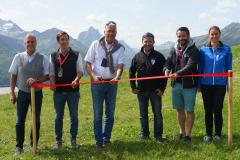 Offizielle Eröffnung mit Band zerschneiden: Martin Ebster, Ambros Gasser, Josef Chodakowsky, Markus Hahn, Michael Zimmermann und Martina Eberharter (v. l.)