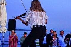 Marina Belinska mit ihrer Elektro-Violine