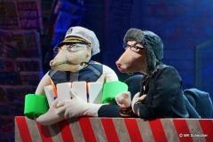Mit den Stimmen des Comedians und Parodisten Andreas Müller (SWR3). Das Puppenspiel des Wanke Ensembles
