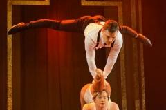 """""""Hand on Hand""""Akrobatik mit Iryna und Andrey"""