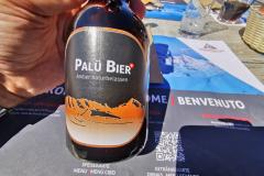 Dazu passt natürlich ein lokales Bier mit dem Namen eines Berges in Sichtweite.