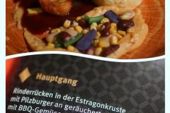"""Gang des """"Klassischen Menü"""" Radio Ton Gourmetpalast 2018: Rinderrücken in der Estragonkruste mit Pilzburger"""