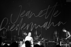 Jeanette Biedermann und Band