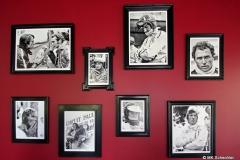 """Die """"Wand der Weltmeister"""" in der Dach-Lounge"""