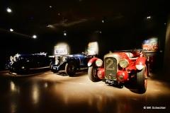Weitere Vorkriegsmodelle, vorne ein Lagonda