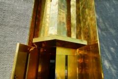 Beeindruckender Eingang. Hochglanz in Kühlerform