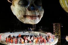 Nach der Vorstellung: Die Künstler stellen sich dem Zuschauer-Applaus