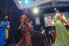 Cécile McLorin Salvant, Angélique Kidjo und Lizz Wright betreten die Bühne