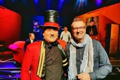 Conférencier Hieronymus und Redakteur MK Schechler freuen sich auf die Premiere am Freitag