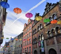 Bunter Himmel 2021 – mit Schirm und Charme durch Konstanz