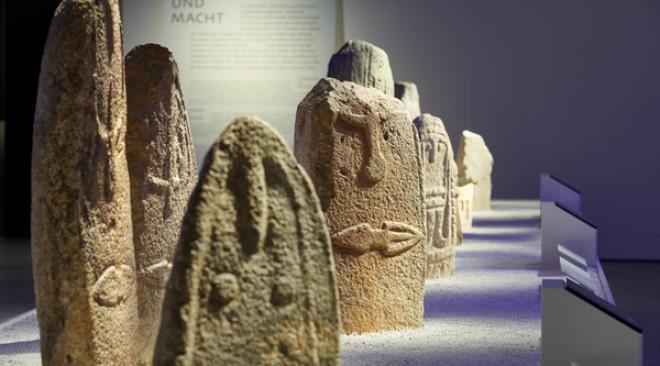 """Landesmuseum Zürich: """"Menschen. In Stein gemeisselt"""""""