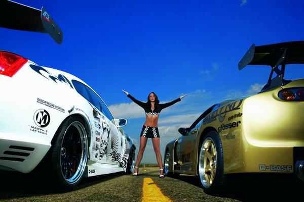 Titelmotiv 2009 - MISS TUNING Daniela Grimm Foto: TUNING WORLD BODENSEE
