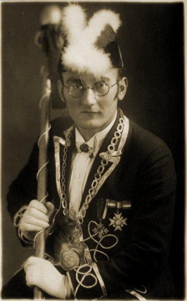 Paul Moriell um 1925 als Zeremonienmeister der Narrizella Ratoldi.  Foto: Stadtmuseum Radolfzell
